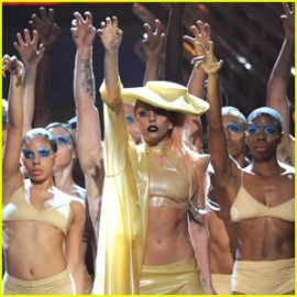 Lady Gaga Dancing At The Grammy's 2011
