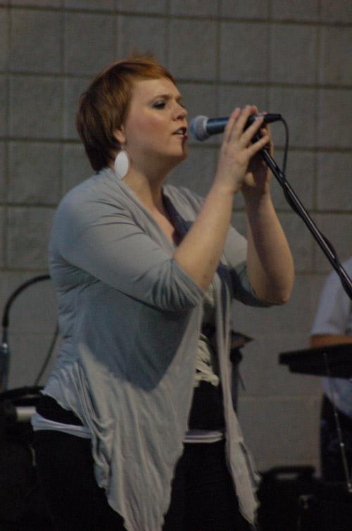 Alisha Sabin Performing Live