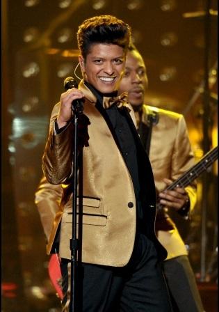 Bruno Mars Performing